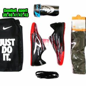 Harga sepatu futsal specs lightspeed bonus kaoskaki deker dan   HARGALOKA.COM