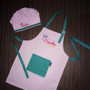 Harga celemek apron dan topi kombinasi anak   soft pink | HARGALOKA.COM