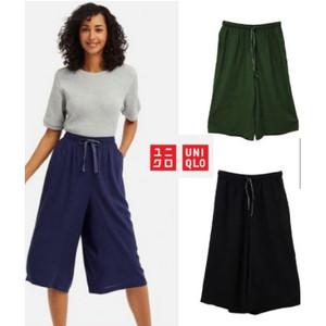 Harga uniqlo relaco pants kulot 7 8   hitam | HARGALOKA.COM