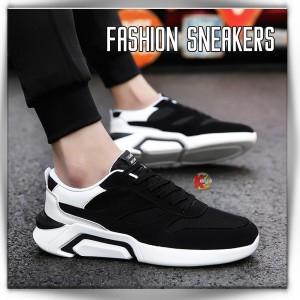 Harga sepatu pria sneakers impor model tali ml 002   40   HARGALOKA.COM