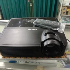 Harga projector proyektor infocus in 112 | HARGALOKA.COM