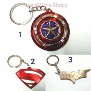 Harga gantungan kunci keychain batman superman captain america | HARGALOKA.COM