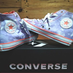 Harga asli original converse chuck taylor all star tie dyed canvas high | HARGALOKA.COM