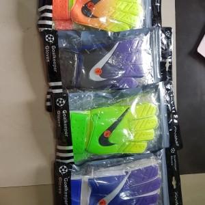 Harga sarung tangan kiper | HARGALOKA.COM