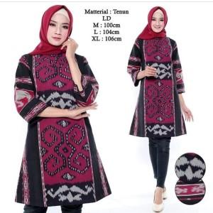 Harga dress batik tenun etnik sumba ntt baju batik muslim wanita   merah hitam | HARGALOKA.COM