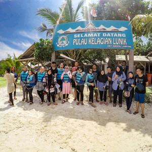 Harga paket wisata travel tour liburan pulau pahawang open   HARGALOKA.COM