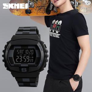 Harga jam tangan digital skmei dynamo 1304 eiger hitam kotak original 5 atm   hitam   HARGALOKA.COM