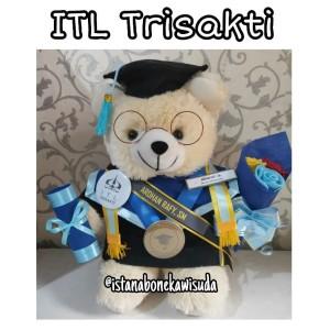 Harga kado wisuda yang paling banyak di cari boneka universitas | HARGALOKA.COM