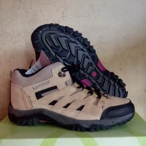 Harga sepatu wanita olahraga gunung outdoor karrimor hiking trekking murah   black red | HARGALOKA.COM