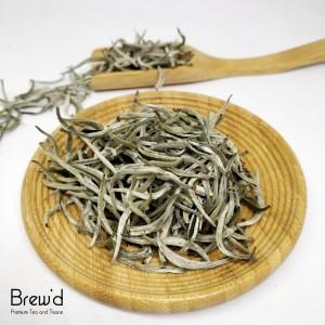 Harga white tea silver needle loose leaf premium grade teh putih 3g 3 | HARGALOKA.COM