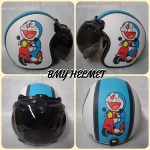Harga helm bogo retro dewasa motif doraemon vespa   HARGALOKA.COM