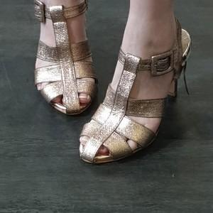 Harga sepatu pesta sepatu heels wanita yongki komaladi sale abis   bronze metalik | HARGALOKA.COM