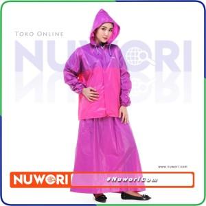 Harga jas hujan rok valencia bentuk setelan untuk perempuan wanita muslimah   merah | HARGALOKA.COM