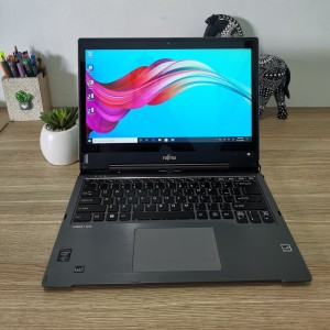 Harga touchscreen fujitsu lifebook t935 core i5   5300u ram 8gb hdd | HARGALOKA.COM