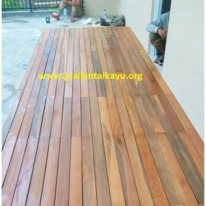 Harga papan kayu bengkirai polos 2 sisi untuk pagar dan lantai decking   | HARGALOKA.COM