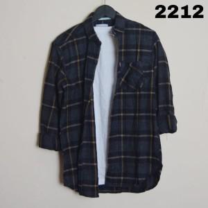 Harga kemeja flanel pria 2 motif best seller lengan panjang   kode 2276 | HARGALOKA.COM