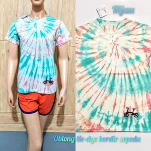 Harga t shirt tie dye oblong yg lagi trend atasan kaos motif abtrak cantik   hijau | HARGALOKA.COM