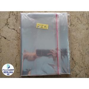 Harga plastik opp 35x40 cm 20 mic plastik baju plastik seal isi 100 | HARGALOKA.COM
