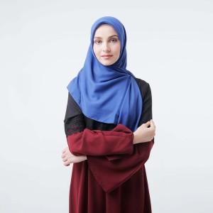 Harga zoya kerudung segi empat polos   maruna nadir scarf royal | HARGALOKA.COM