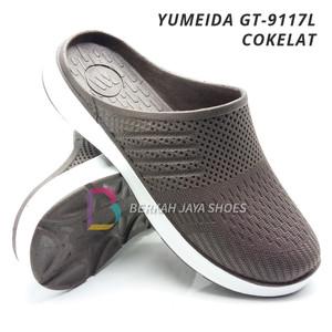 Harga sepatu sandal karet pria   sandal selop karet pria yumeida gt   9117 l   cokelat | HARGALOKA.COM