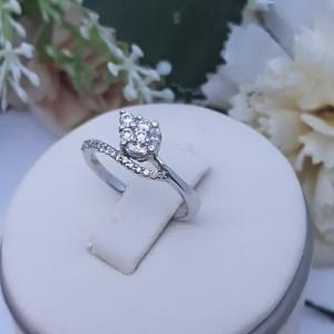 Harga cincin berlian lr9544c   diamond world | HARGALOKA.COM