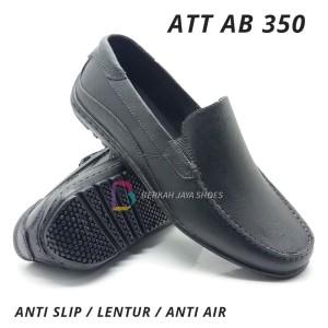 Harga sepatu karet pantofel pria att ab 350 hitam   | HARGALOKA.COM