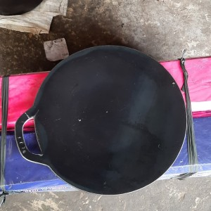 Harga wajan martabak telor roti cane kebab uk 70cm loyang | HARGALOKA.COM