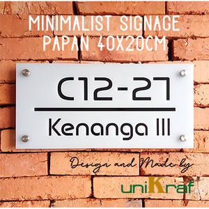 Harga papan alamat amp nomor rumah modern minimalis   acrilic persegi sedang   putih   | HARGALOKA.COM