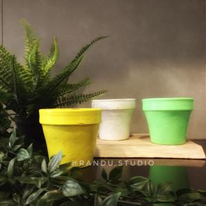 Harga dahlia pot berwarna dijual satuan pot gerabah tanah liat   10   HARGALOKA.COM
