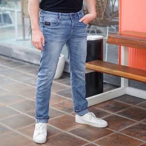Harga papperdine 213 bleach slim fit celana panjang pria jeans selvedge     HARGALOKA.COM