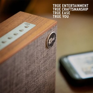 Harga klipsch heritage groove   portable bluetooth speaker wallnut   HARGALOKA.COM