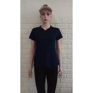 Harga femme ols  kaos v neck spandek rayon cewek 01 atasan wanita   hitam | HARGALOKA.COM