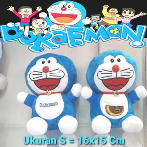 Harga boneka doraemon ukuran s 16x15 | HARGALOKA.COM