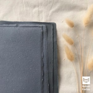 Harga kertas daur ulang variant artic polos warna dark grey   | HARGALOKA.COM