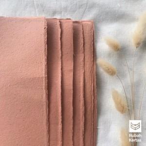 Harga kertas daur ulang variant artic polos warna peach   | HARGALOKA.COM