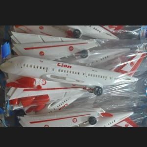 Harga miniatur diecast pesawat lion | HARGALOKA.COM