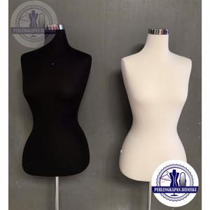 Harga manekin patung baju wanita setengah badan halfbody fom busa foam jahit     HARGALOKA.COM