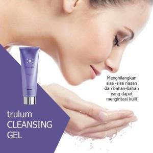 Harga pembersih wajah trulum 120ml cleansing gel with | HARGALOKA.COM