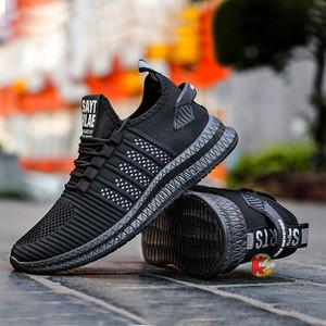 Harga sepatu pria sneakers impor slip on a1011   hitam   HARGALOKA.COM