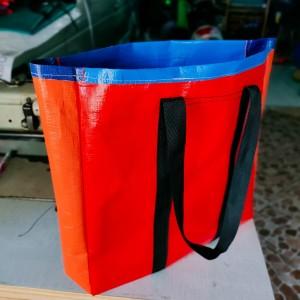 Harga tas belanja ke pasar lebih praktis dari plastik sekali | HARGALOKA.COM