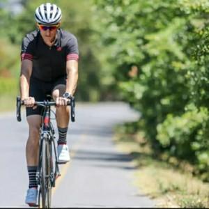 Harga helm sepeda aero roadbike profesional lipat minion mtb no giro | HARGALOKA.COM