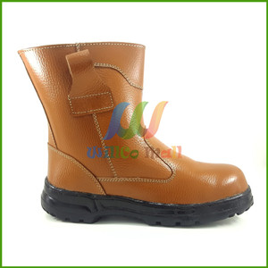 Info Promo Sepatu Proyek Safety Boots Kickers Byson Kulit Asli Katalog.or.id