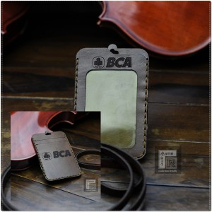 Harga id card name tag holder kulit bank | HARGALOKA.COM