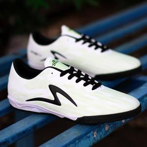 Harga sepatu futsal specs accelerator lightspeed ii pro in ignity   putih | HARGALOKA.COM