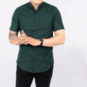 Harga baju kemeja lengan pendek casual formal pria hijau polos slimfit   | HARGALOKA.COM
