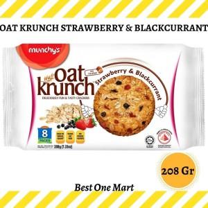 Harga munchy oat krunch strawberry amp bc munchy 39 s oat krunch | HARGALOKA.COM