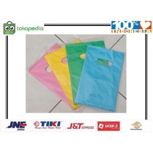 Harga kantong plastik packing online shop 15x22 cm shopping | HARGALOKA.COM