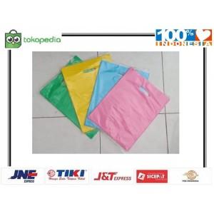 Harga kantong plastik packing online shop 25x35 cm shopping | HARGALOKA.COM
